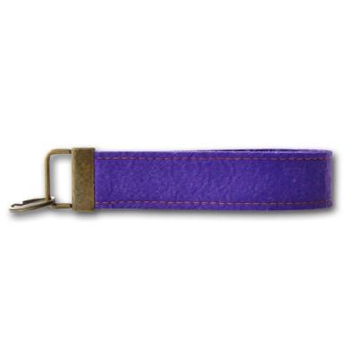 Schlüsselanhänger Schlüsselband Handschlaufe Filz lila - mit Ziernaht