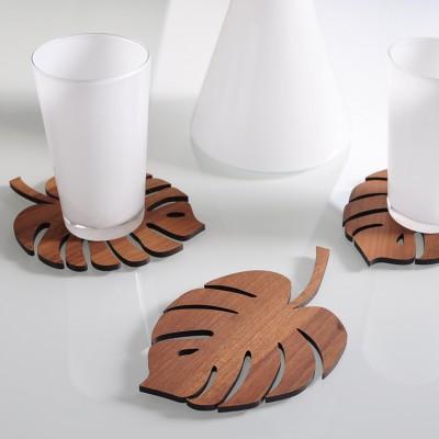 Untersetzer aus Holz in Form von Palmblättern - Stimmung